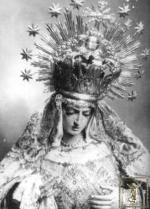 Antigua Virgen de las Anguastias, destruida en 1936.