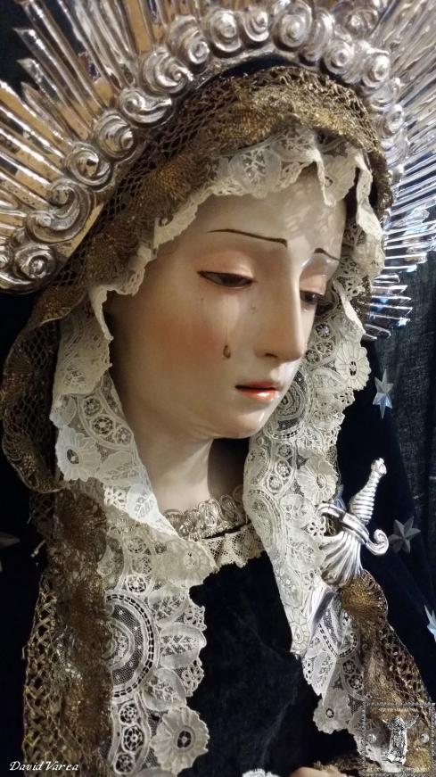 Virgen de la Soledad. Perfil derecho.
