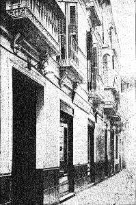 En este desaparecido edificio de la calle del Marqués se encontraba la redacción, administración y talleres de La Unión Mercantil hasta 1925.